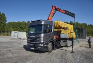 2017 Scania G 410 6x2 Flatbed with Crane